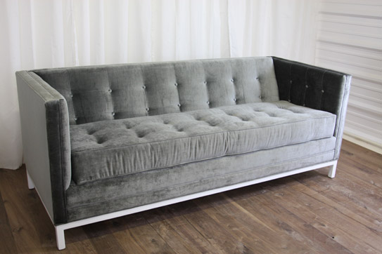 hollywood_sofa_charcoal_543roomservice