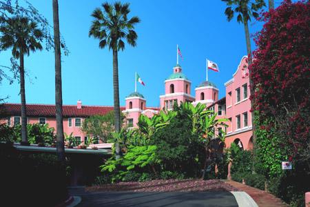 The-Beverly-Hills-Hotel-beverlyhillshotelbuilding