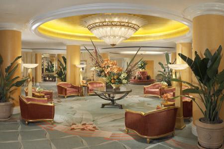 The-Beverly-Hills-Hotel-beverlyhillshotelthelobby