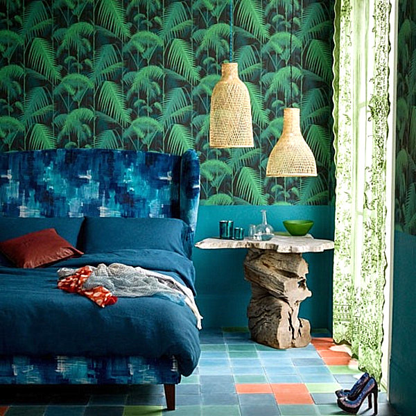 tropical-bedroom-featuring-shades-of-blue-and-green