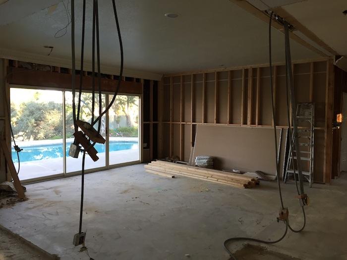 wallsclosedup